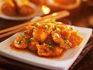 Рецепта Класически панирани пилешки хапки от гърди в царевично нишесте и бакпулвер сладко кисел сос по китайски